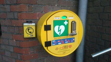 Phone installed on defib